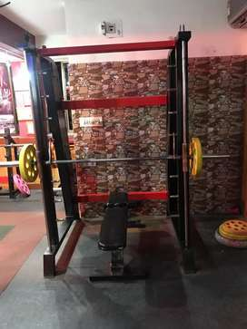 Urgent comercial gym machine for sell
