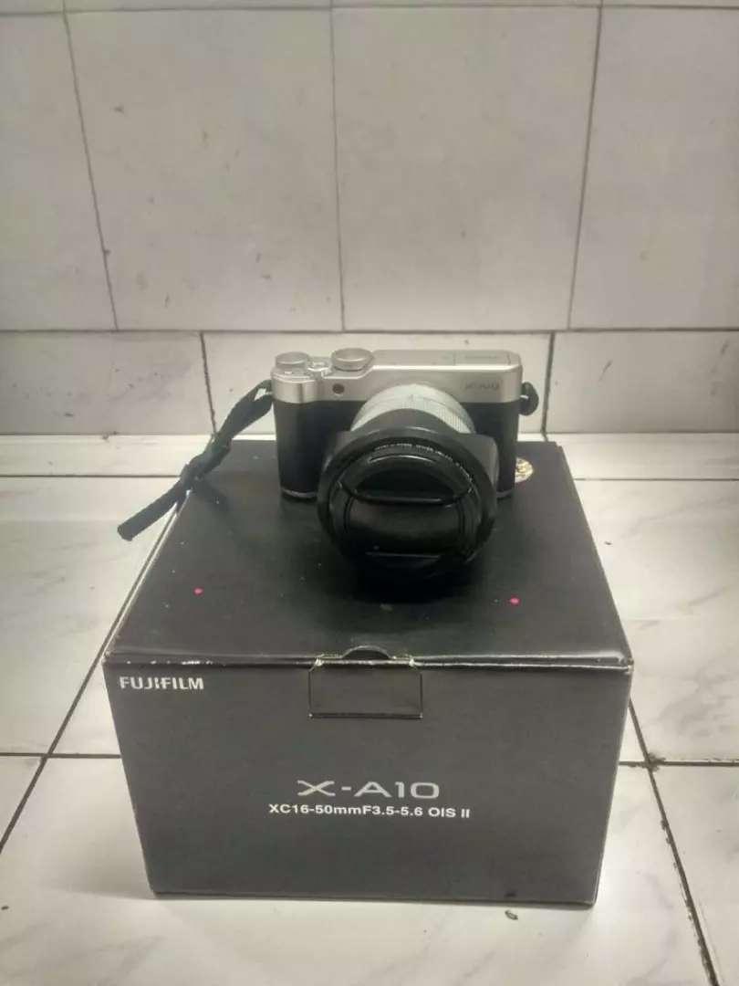 KAMERA MIRROLESS FUJIFILM X-A10 0
