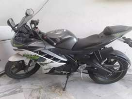 R15 v2.0 in very good condition only 900km driven