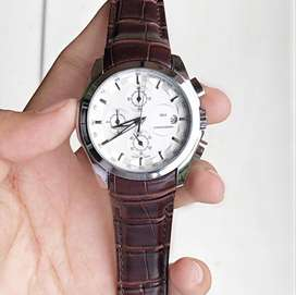 Tissot leather strap watches CASH ON DELIVERY price negotiable hurry..