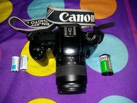 kamera CANON EOS 88 (kamera jadul)