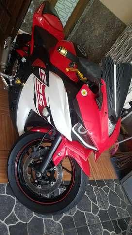 Yamaha R25 2014 istimiwir