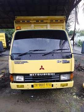 Mitsubishi dumptruck karawang th2006HD