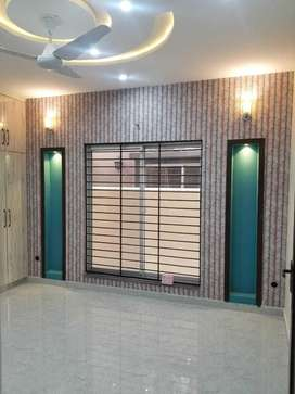 Beautiful Upper Portion available for rent in Usman block
