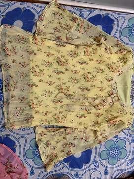 Yellow printed floral top ( New: unused )