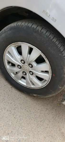 Good condition-full insurance-4seal bridge stone tyres,chilled AC