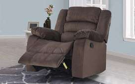 2 SINGLE SEATER RECLINERS