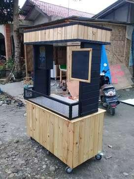 Tempahan Booth kayu kuliner