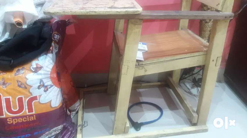Study table for sale. 0
