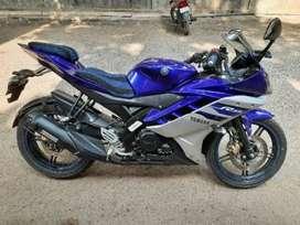 YAMAHA R15 V2 RACING BLUE