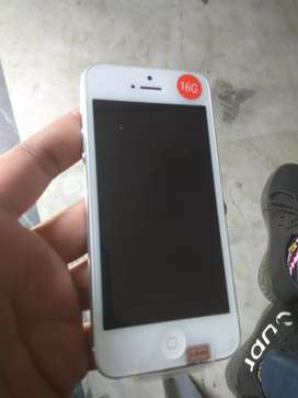 iPhone 5 16gb 4g new packed handset (free delivery in Delhi)