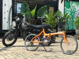 "Sepeda lipat  limited italy 22"" x 18 speed tonino lamborghini"