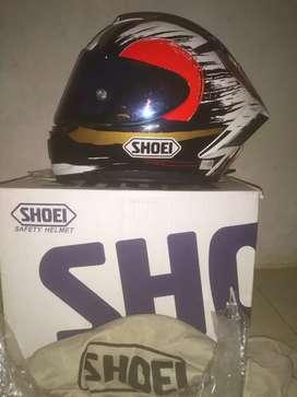 Helm shoei uk.L