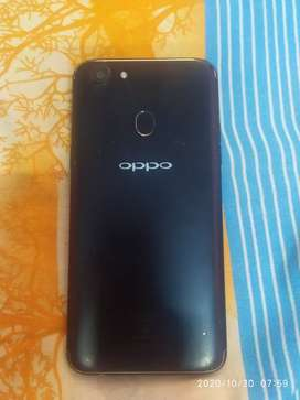 I want to sell this phone I have use only one year nothing bad