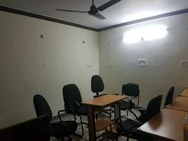 300 SQFT Unfurnished Office For Rent In Vasundhara, Sec-10.