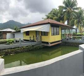 Rumah dijual beserta 3 kolam ikan 10 menit dari bandara Minangkabau