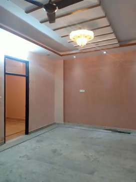 3 BHK 120 Gaj Upper Floor With 2 Balcony Dayal sar Rod Car Parking