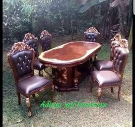 Meja makan bahan kayu jati