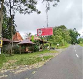 Resto JL Boyong Pakem
