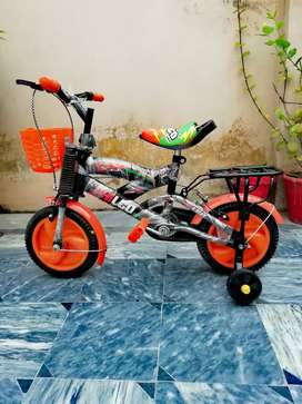 Brand new imported kids cycle adjustable seat