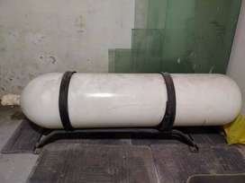 CNG cylinder with kit fitting