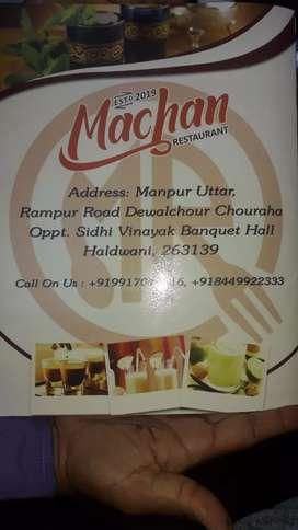 Tandoor chef for restaurant