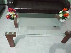Big size center table, 5/3ft in good condition.