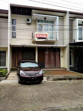 Dijual rumah dengan hunian nyaman