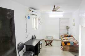 1 BK Fully Furnished Flat for rent in Green Park for ₹20000, Delhi