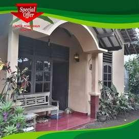 Rumah DI JUAL cepat butuh uang di Purwomartani