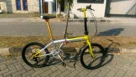 Sepeda lipat laux venice