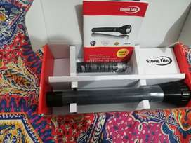 STRONG LED TORCH LIGHT