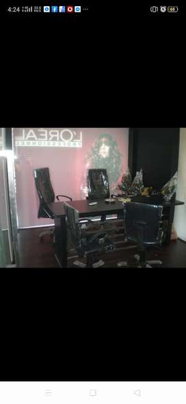 Unisex salon on sale