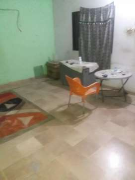One attach bath room for rent