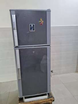 Dawlance 9122 M Refrigerator for sell good price