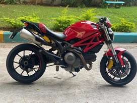 Ducati monster 796 in excellent condition.