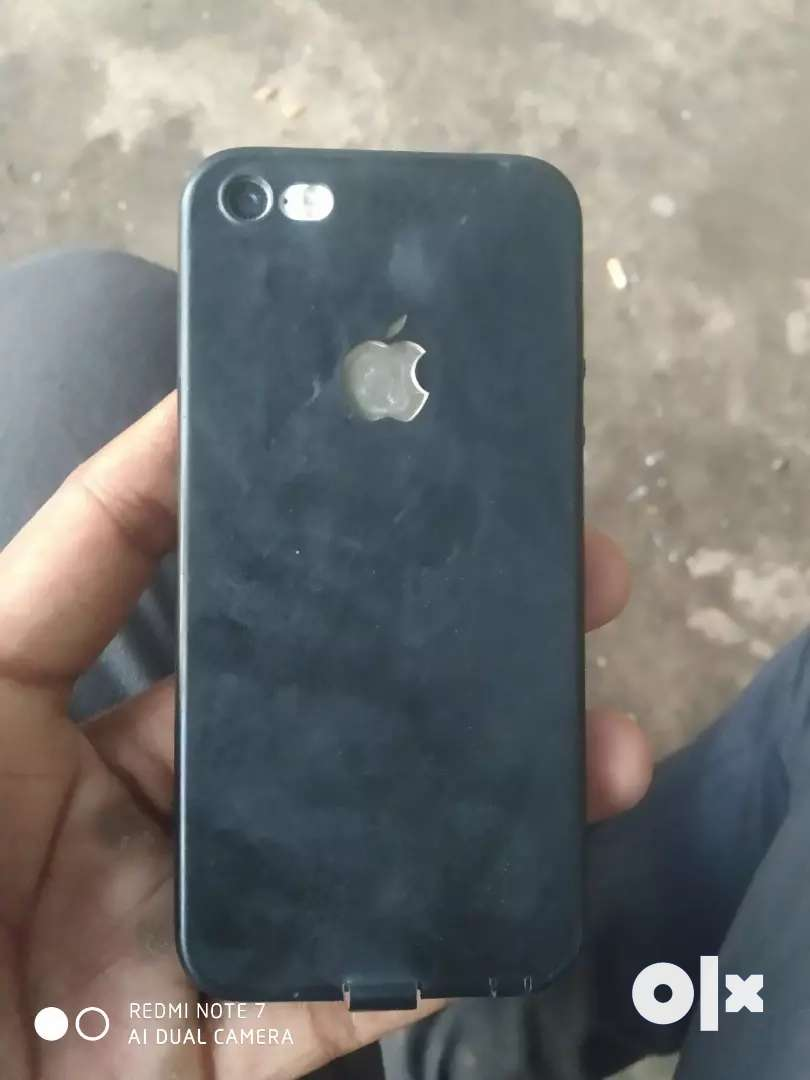 I phone 5s in good condition 0