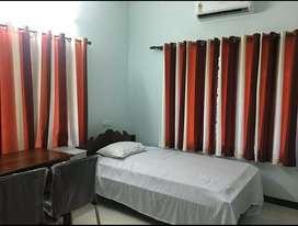 Bachelors Accomodation (Single Rooms&2BHK) At Edappally Near Lulumall