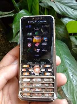Sony Ericsson G502 hsdpa normal bonus memory M2 minus casing aja