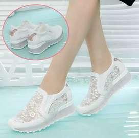Sneakers Import sepatu Wanita