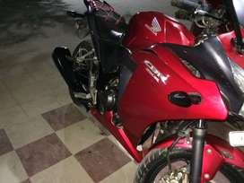 Cbr 250r 2014 model slightly neg