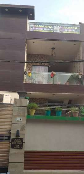 2 bhk kothi ground floor  at model Town extn