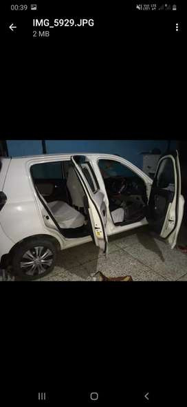 Maruti suzuki Alto K10 new model...showroom condition...only 32000 kms