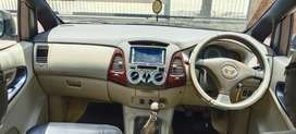 Toyota Innova 2.5 G (Diesel) 8 Seater, 2005, Diesel