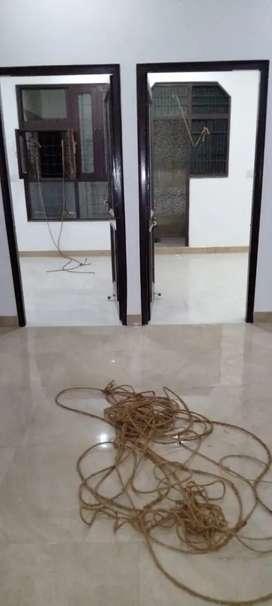 3 रूम सेट bhudddut कालोनी बल्लागढ़ 62-64-65 किराये क फ्लेट फ्लोर खाली