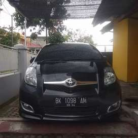 Toyota Yaris S limited matic 2009