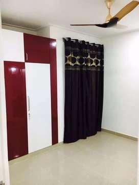 1 room kitchen washroom attached for rent in Saket
