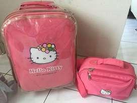 koper hello kity pink baggage size