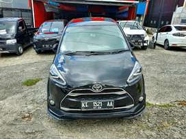 Toyota SIENTA 1.5 Q matic tahun 2017 Hitam metalik