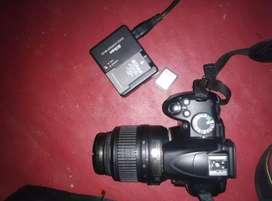Jual kamera nikon D3000 bonus memory